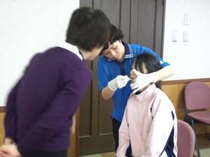 smilenavi_201411270_口腔ケア研修04